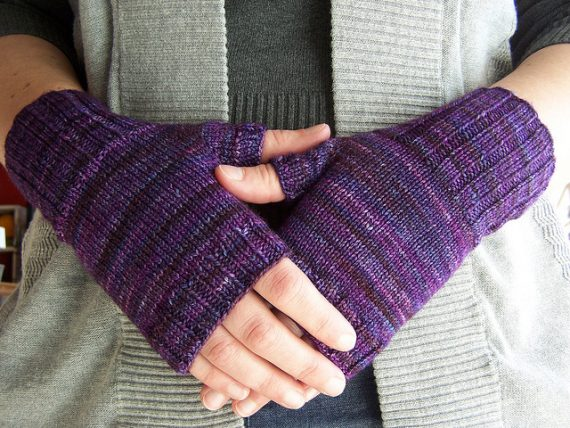 Purple Muscari Fingerless Mitts Pattern